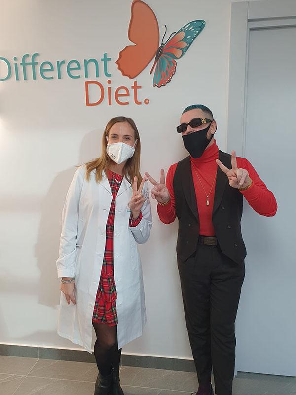 Ivan Granatino con la dottoressa Alessia Aprea